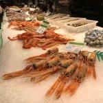 La Boqueria Markt mit Seafood Angebot