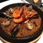 Leckere Paella im Etapes Restaurant in Barcelona