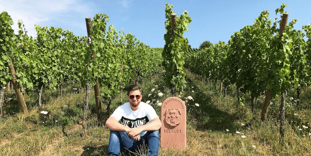 BJR Le Bouquet Björn Bittner im Weinberg Schoelhammer von Famille Hugel im Elsass