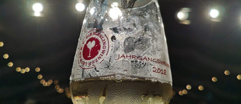 Weinprobe Leiwen Jungwinzer Björn Bittner BJR Le Bouquet Karl Marx Riesling Das Kapital Weinglas Kabinett Spätlese Auslese