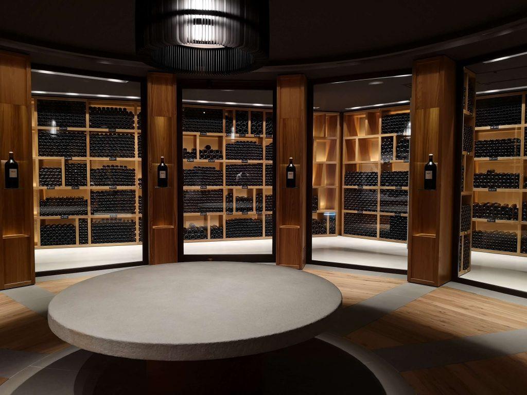 Ornellaia Weingut Winery Bolgheri Castagneto Carducci Toskana Tuscany Björn Bittner Bibliothek Archive Archiv Vintage Jahrgänge