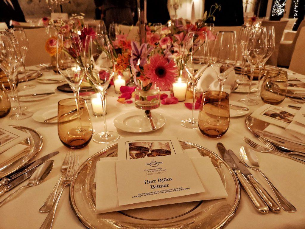 Champagner Preis Lebensfreude 2019 Louis C Jakob Hamburg Comite Champagne Table Dinner Björn Bittner Herr