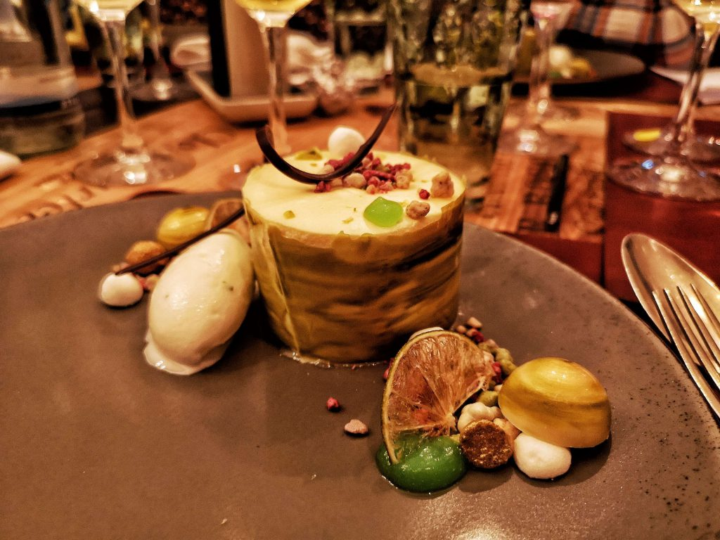 Steigenberger Grandhotel Petersberg Somm vs Blogger Event Wein Königswinter Dessert Buttermilch Limette