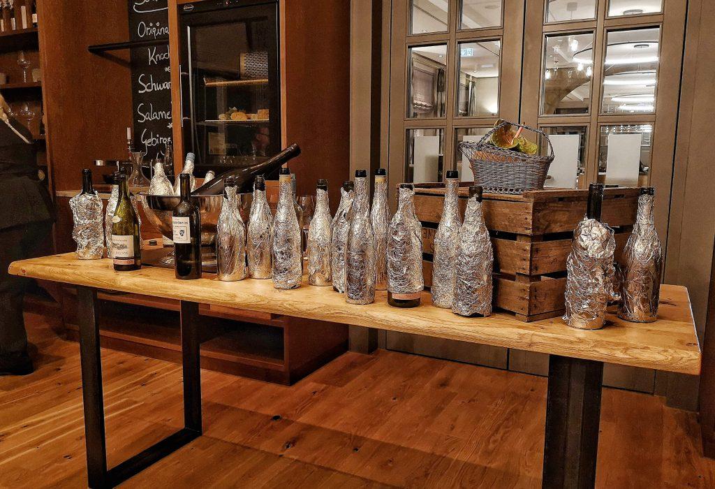 Steigenberger Grandhotel Petersberg Somm vs Blogger BBQ Wein Blind Verkostung Tasting