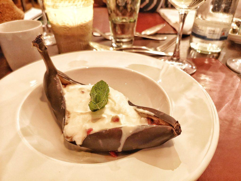 Steigenberger Grandhotel Petersberg Somm vs Blogger BBQ Wein Dessert Banane Erdbeere Minze Mascarpone