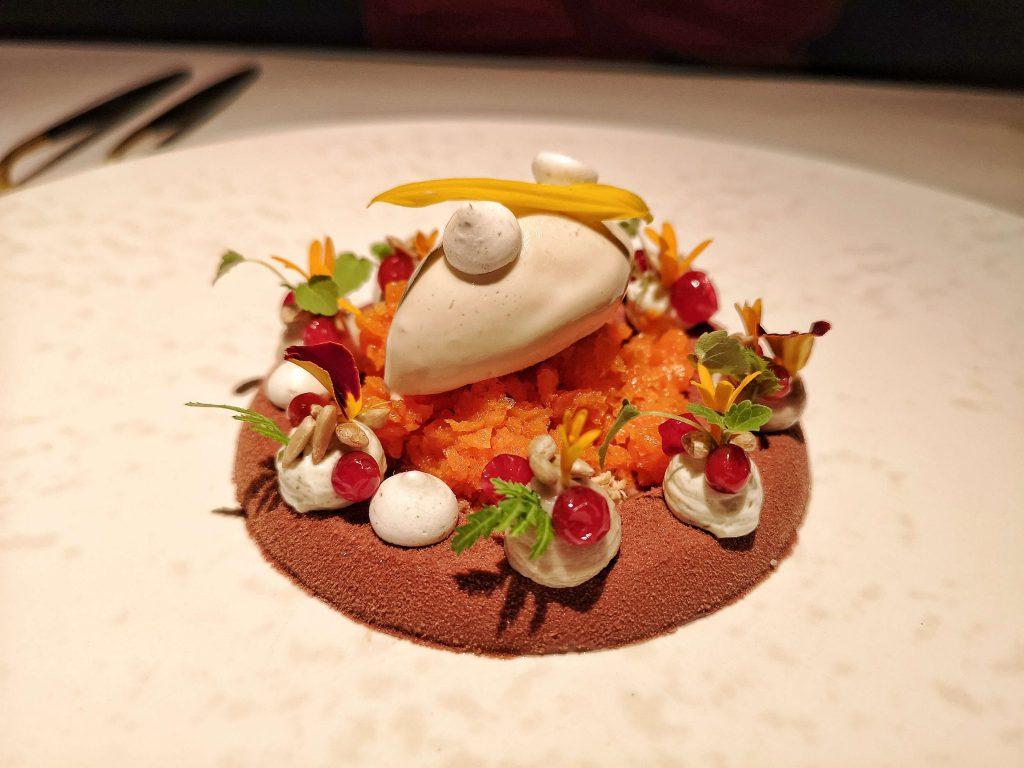 Werneckhof by Geisel München Michelin Sonnenblume Dessert